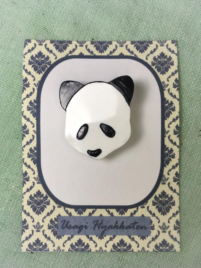 パンダのブローチ