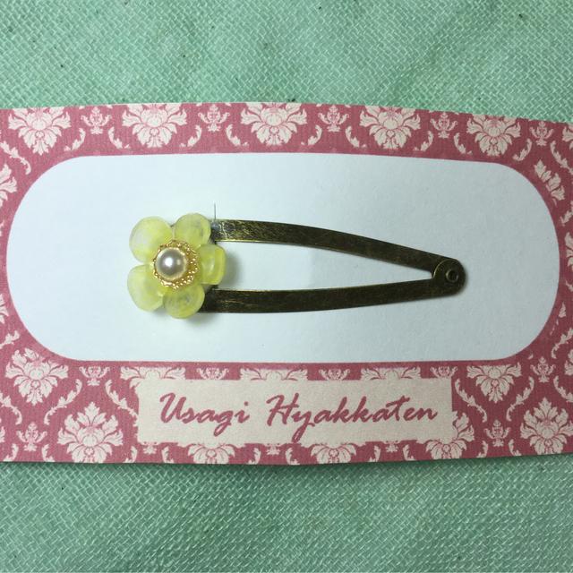 小花のヘアピン